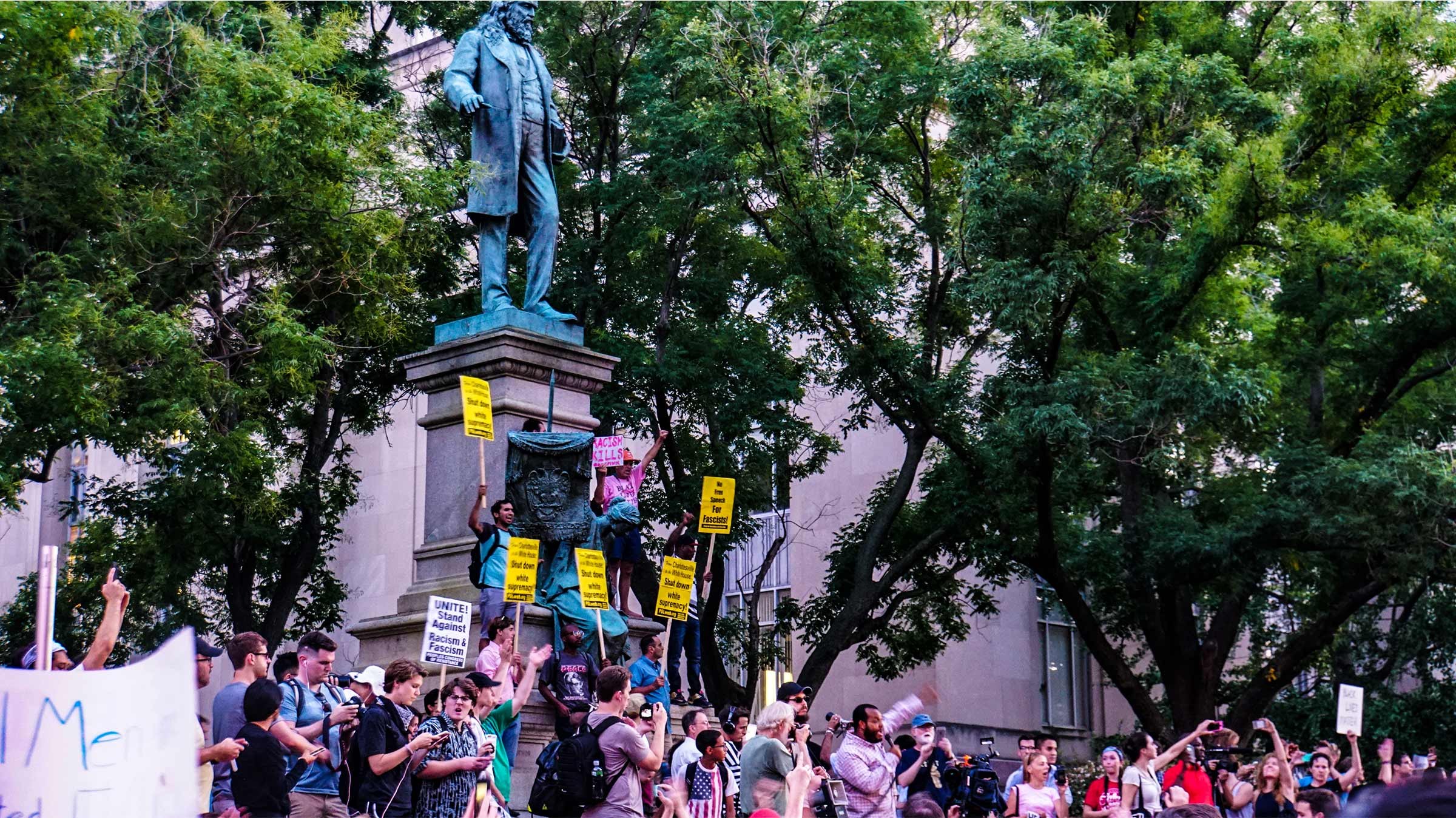 New York City Reviews Its Symbols Of Hate Removes Only One